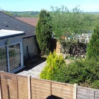 Rural, edge of Exmoor, Garden Flat, dog friendly sleeps 2 - 4