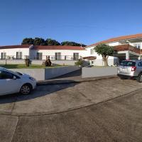 Hotel Comodoro, hotel in Corvo