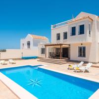 Villa sahara, bbq, heated private swimming pool!