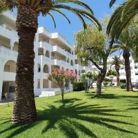 Casa Angela, 180m from the beach, hotel em Porches
