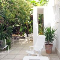 Holiday Home Les Siamois (EZE100)