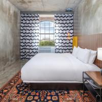 NYLO Providence Warwick Hotel, Tapestry Collection by Hilton, hotel in Warwick