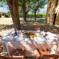 Peaceful Holiday Home in Ponsacco with Swimming Pool, hotell i Capannoli