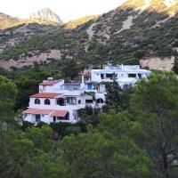 Oleander's Garden Traditional Cretan Cottage, hotel in Ferma