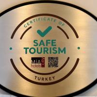 Mia City Hotel, hotel in İzmir