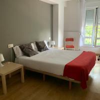 APARTAMENTO LABEGAIN 2, hotel in Sestao