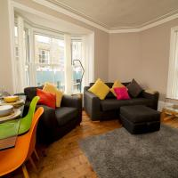 Cowes 2 Bed Flat, a haven amongst the action