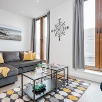 St Albans Luxury Apartments - Great Location close to train station with Free Parking - WiFi & Movies included - Sleeps up to 6