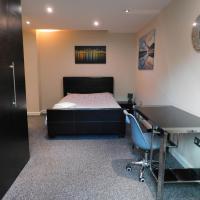 DJS - Modern City Apartment