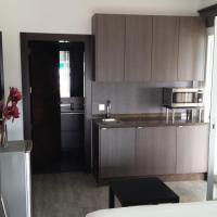 Front Line Apartment 10 Meters From The Beach