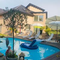 Charming Villa with Private Swimmingpool