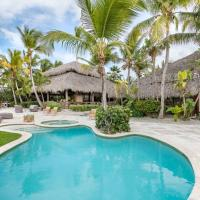 Front 5BR Golf Villa with Jacuzzi, Golf Cart, Pool, Chef, Maid & Beach Club