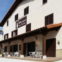 ALBERGUE SAN NICOLAS, hotel en Larrasoaña