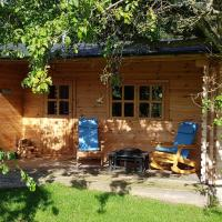 Cabin at Aithernie, hotel in Leven
