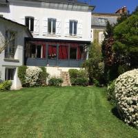 Maison d'Hôtes Joussaume Latour, hotel in Château-Thierry