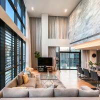 FAM Living Duplex - City Walk