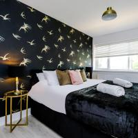 Contractor- Sleeps 6- Manchester Etihad, private parking with Levers Luxury Stays