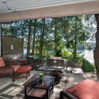 Willow Suite - Lakeside Retreat, отель в Виктории