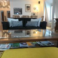 Best Location - Luxury Loft Riverview