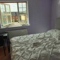 Double Room in Honiton House, hotel in Hendon