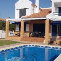 Casa con piscina privada ideal para familia