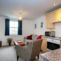 The Spires - Cosy apartment just outside of city centre