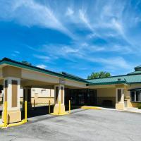 Baymont by Wyndham Latham Albany Airport, hotel near Albany International Airport - ALB, Latham
