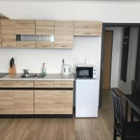 LOVELY STUDIO APARTMENT, hotel in Nové Zámky