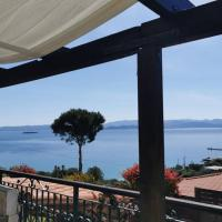 Lina΄s House Breathtaking Seaview, hotel in Marathon