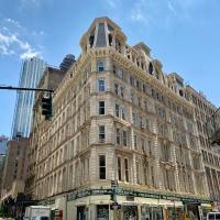 1234 Broadway Avenue </h2 </a <div class=sr-card__item sr-card__item--badges <div class= sr-card__badge sr-card__badge--class u-margin:0  data-ga-track=click data-ga-category=SR Card Click data-ga-action=Hotel rating data-ga-label=book_window: 10 day(s)  <span class=c-accommodation-classification-rating <span class=c-accommodation-classification-rating__badge c-accommodation-classification-rating__badge--tiles   <span class=bui-rating bui-rating--smaller role=img aria-label=3 out of 5 <span aria-hidden=true class=bui-icon bui-rating__item bui-icon--medium role=presentation <svg viewBox=0 0 20 20 fill=none xmlns=http://www.w3.org/2000/svg focusable=false aria-hidden=true role=img <path d=M19.2 5.87351C19.2083 5.96663 19.1974 6.06047 19.168 6.14922C19.1386 6.23797 19.0913 6.31975 19.029 6.38951L10.1115 18.0175C10.0519 18.0852 9.97952 18.1404 9.89856 18.1801C9.81752 18.2198 9.72952 18.243 9.63944 18.2486C9.54944 18.2542 9.4592 18.2419 9.37392 18.2126C9.28864 18.1832 9.21 18.1373 9.14248 18.0775C9.12144 18.0586 9.10136 18.0386 9.08248 18.0175L0.168018 6.38951C0.0486029 6.2516 -0.0112021 6.07194 0.00173497 5.88998C0.014672 5.70802 0.0992936 5.53863 0.237018 5.419L0.270018 5.392L5.31002 1.888C5.42889 1.79844 5.57368 1.75 5.72252 1.75H13.473C13.6214 1.74978 13.7658 1.79826 13.884 1.888L18.927 5.39051C19.0036 5.44761 19.0674 5.52005 19.1145 5.60322C19.1614 5.68639 19.1906 5.77844 19.2 5.87351V5.87351Z fill=#FEBB02/ </svg </span <span aria-hidden=true class=bui-icon bui-rating__item bui-icon--medium role=presentation <svg viewBox=0 0 20 20 fill=none xmlns=http://www.w3.org/2000/svg focusable=false aria-hidden=true role=img <path d=M19.2 5.87351C19.2083 5.96663 19.1974 6.06047 19.168 6.14922C19.1386 6.23797 19.0913 6.31975 19.029 6.38951L10.1115 18.0175C10.0519 18.0852 9.97952 18.1404 9.89856 18.1801C9.81752 18.2198 9.72952 18.243 9.63944 18.2486C9.54944 18.2542 9.4592 18.2419 9.37392 18.2126C9.28864 18.1832 9.21 18.1373 9.14248 18.0775C9.12144 18.0586 9.10136 18.0386 9.08248