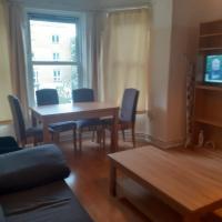 Classic 3 Bed Apartment, Hackney