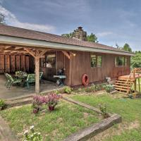 Creekside Berryville Cabin with Kayaks and More!