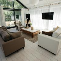 Vakantiewoning Loft Lisse - SAUNA - Beach - Keukenhof, hotel in Lisse