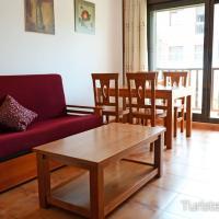 Apartamento Mar de Prellezo: parking y piscina comunitaria, hotel in Prellezo