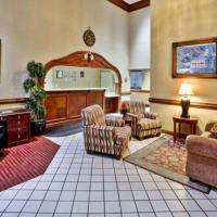 Quality Inn & Suites Somerset, hotel in Somerset