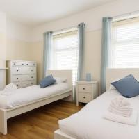 Lucas House, Sleeps 6, Beautifully Presented, Newport