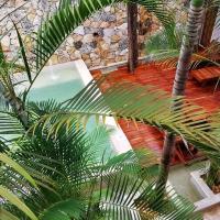 Hotel Casa Bamboo, hotel in Valladolid