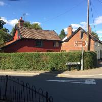 Myrtle cottage, hotel in Dickleburgh