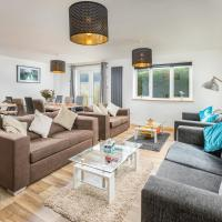 Totnes modern house sleeps 8 , 5 mins to town