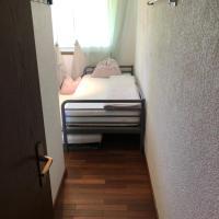 Einfaches Einzelzimmer zum übernachten