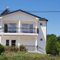Villa Bratislava, hotel em Demir Kapija