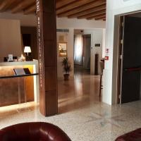 Hotel Villa Costanza ***S, מלון במסטרה