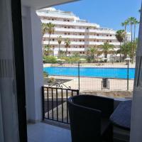 1 bedroom playa de la Americas, hotel in Playa Fañabe