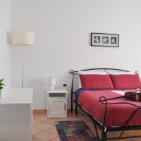 B&B Sarita's Rooms, hotel in Certosa di Pavia