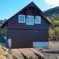 Holiday home Svelgen