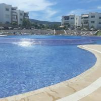 Playa Del Pacha appartement, hotel in M'diq