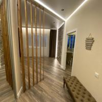Шикарная однокомнатная квартира в ЖК янтарный 4, отель в Краснодаре