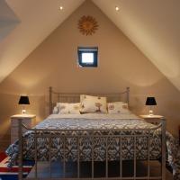 Garden Studio Spring Cottage, hotel in Teffont Magna