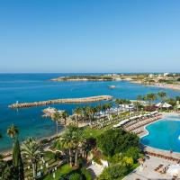 Coral Beach Hotel & Resort Cyprus, hotel in Coral Bay