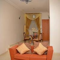 Elegant 3-Bedroom Apartment at Hillview Apartments, 4 units